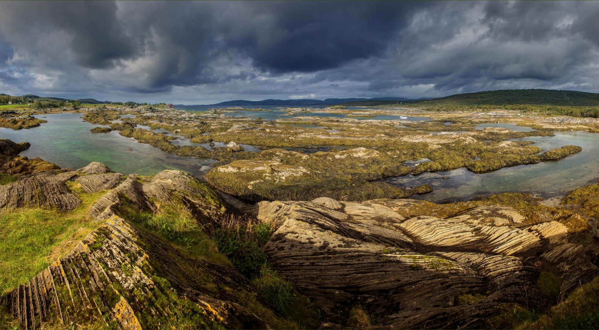 _9120099 Kust ten noorden van Bodö Noorwegen 6_1920x1057