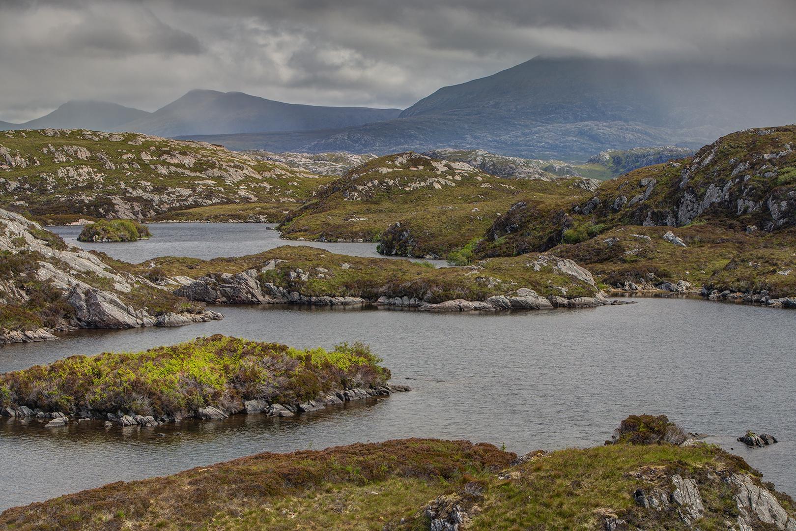 005-7 Loch Dubh 06-06-2009 HDR B_V_1620