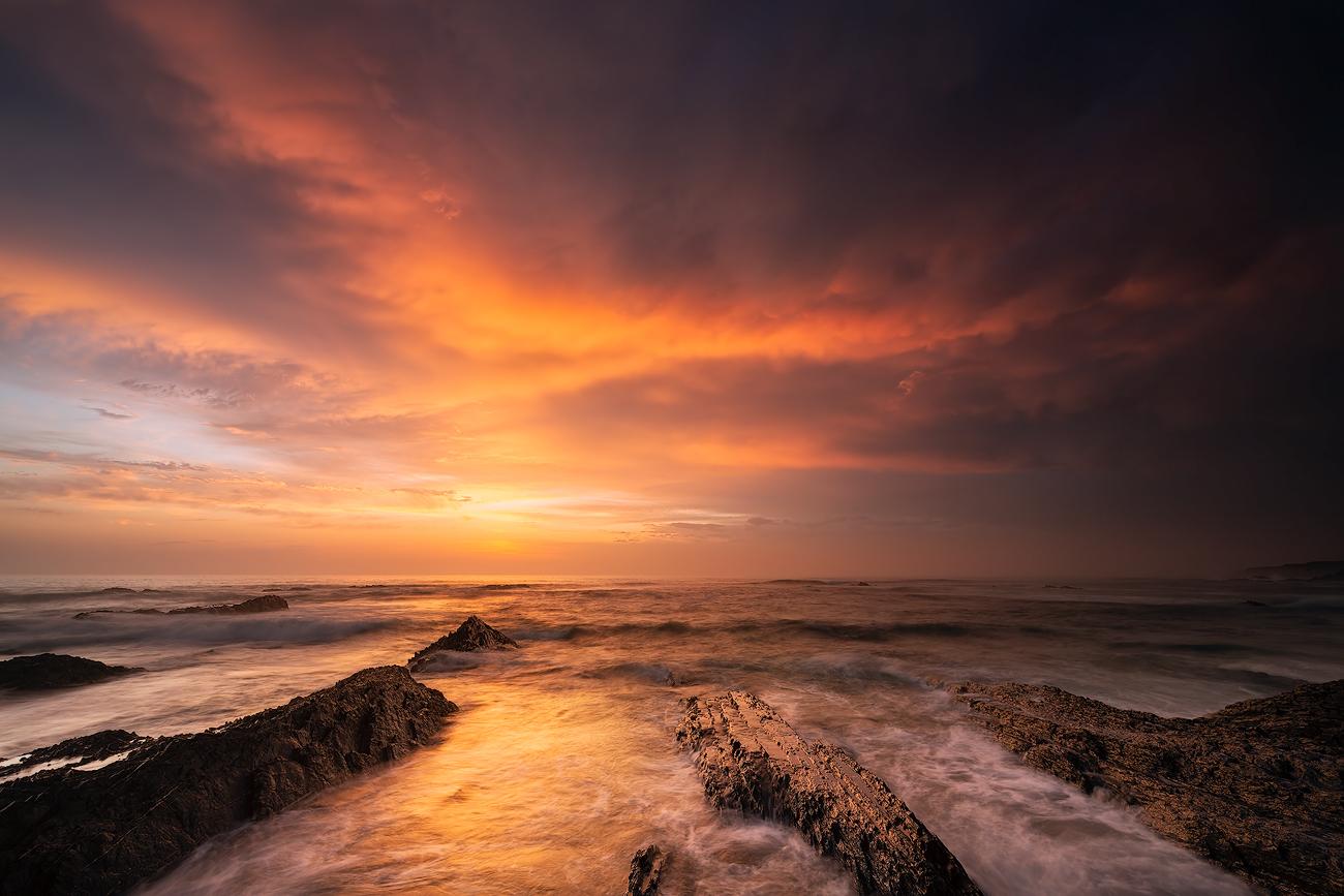 8.  Zon en zonnig  Burning Sky Rob Christiaans