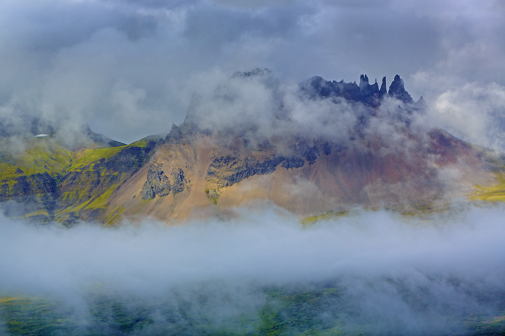 158 Spooky mountain