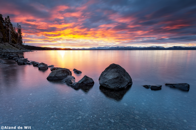 Yellowstone-Lake-2
