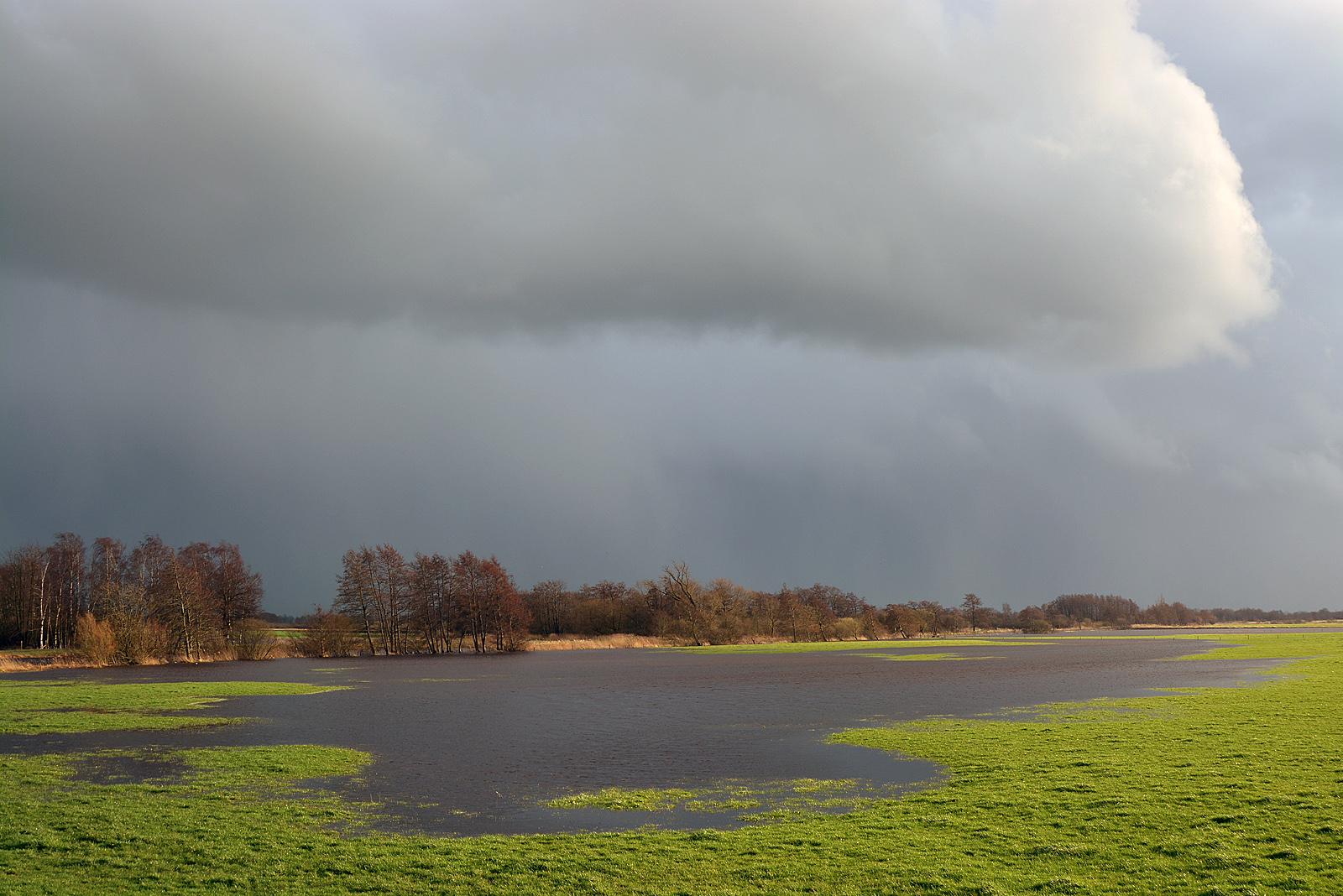 linde rivier overstroomd 2